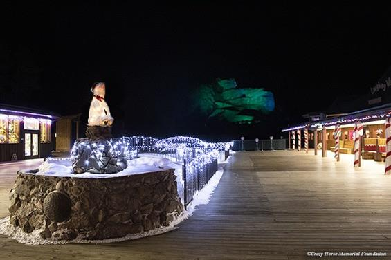 Holiday Festive Light Show Returns for 2020